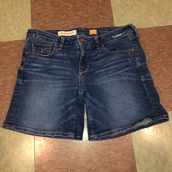Anthropologie Pants - Anthro pilcro letterpresss denim jean shorts 26